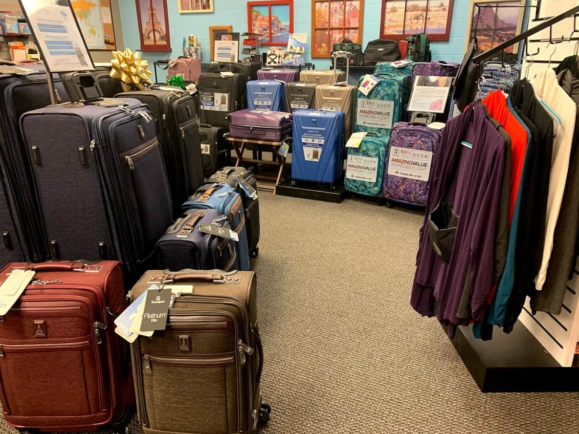 Traveling Bags New Berlin Luggage travel accessories store