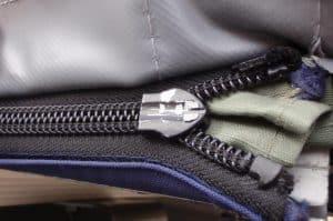 Broken Zipper Slider _ Zipper-head